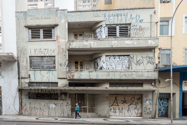Casa do Jornaleiro - Prédio Anita Ribas - fachada na Rua Cruz Machado