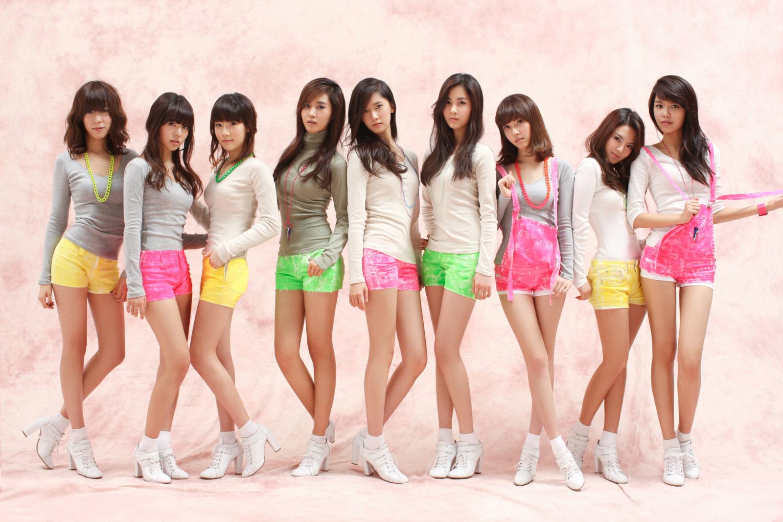 Asian Celebrity: Girls' Generation (SNSD) Wallpaper