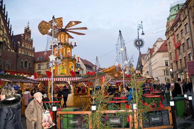 magia świąt we Wrocławiu, jak wygląda jarmark w rynku?