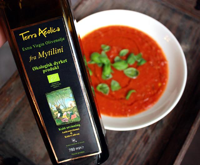 Oppskrift Hjemmelaget Tomatsuppe Plommetomater Hvordan Flå Tomater Olivenolje