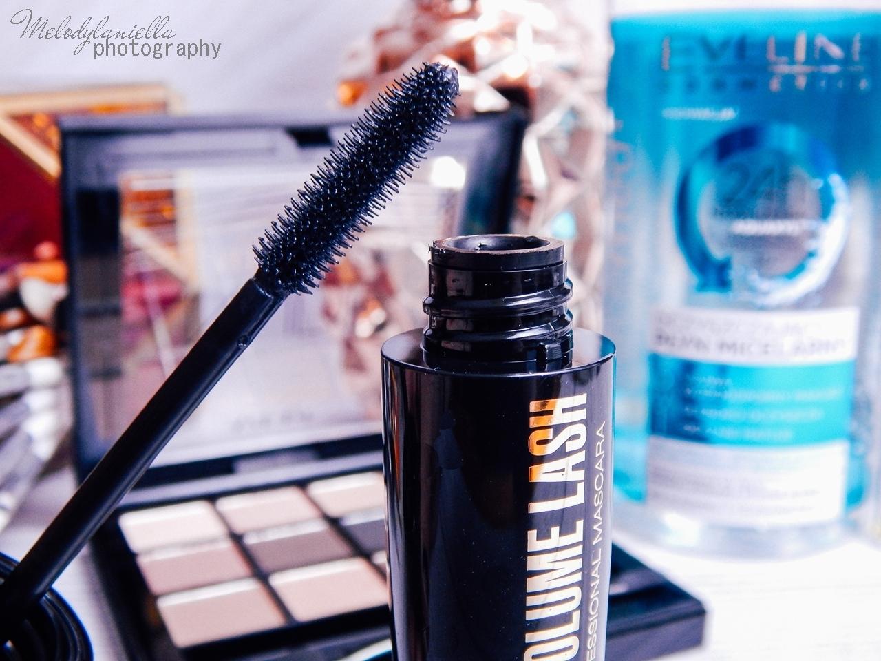 6 eveline cosmetics nude all in one eyeshadow palette melodylaniella recenzja cienie do powiek paletka cieni mascara big volume lash eye shadow base baza pod cienie oczyszczający płyn micelarny test