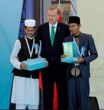 gambar juara MTQ Internasional di Turki