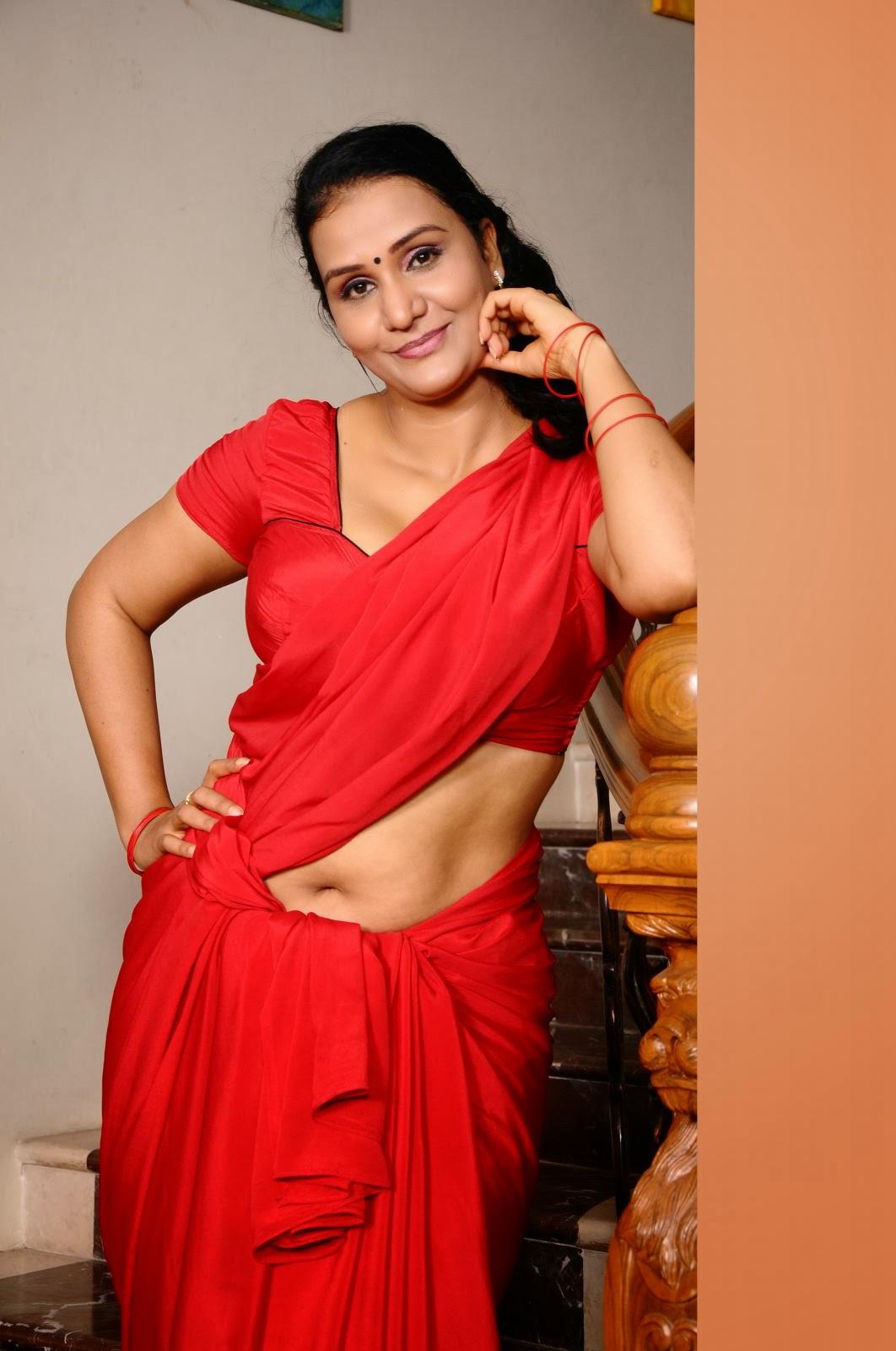 Telugu cinema aunty apoorva hot stills in modren dress