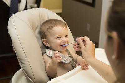 Kiat Cerdas menyiapkan MPASI, Makanan bayi 1 tahun