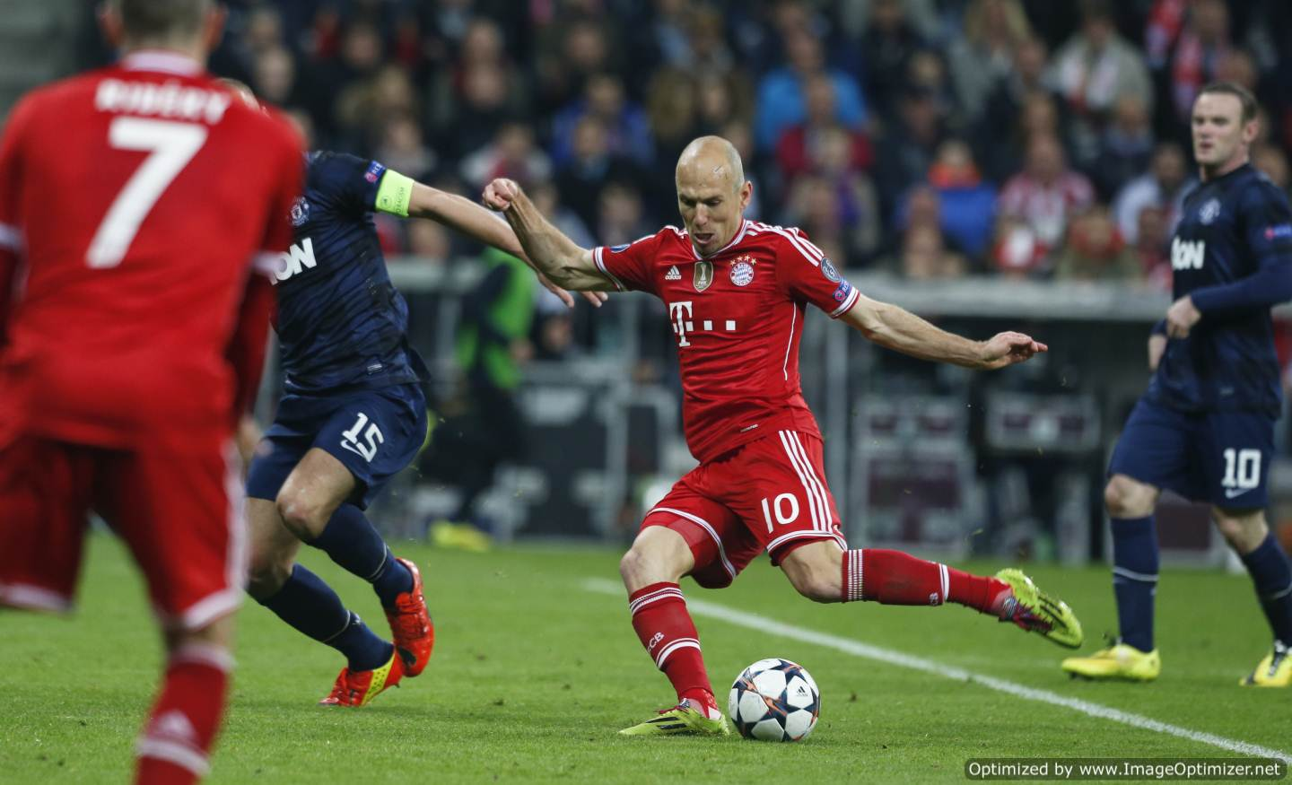 Soccer Players: Arjen Robben Soccer Player Biography And Photos