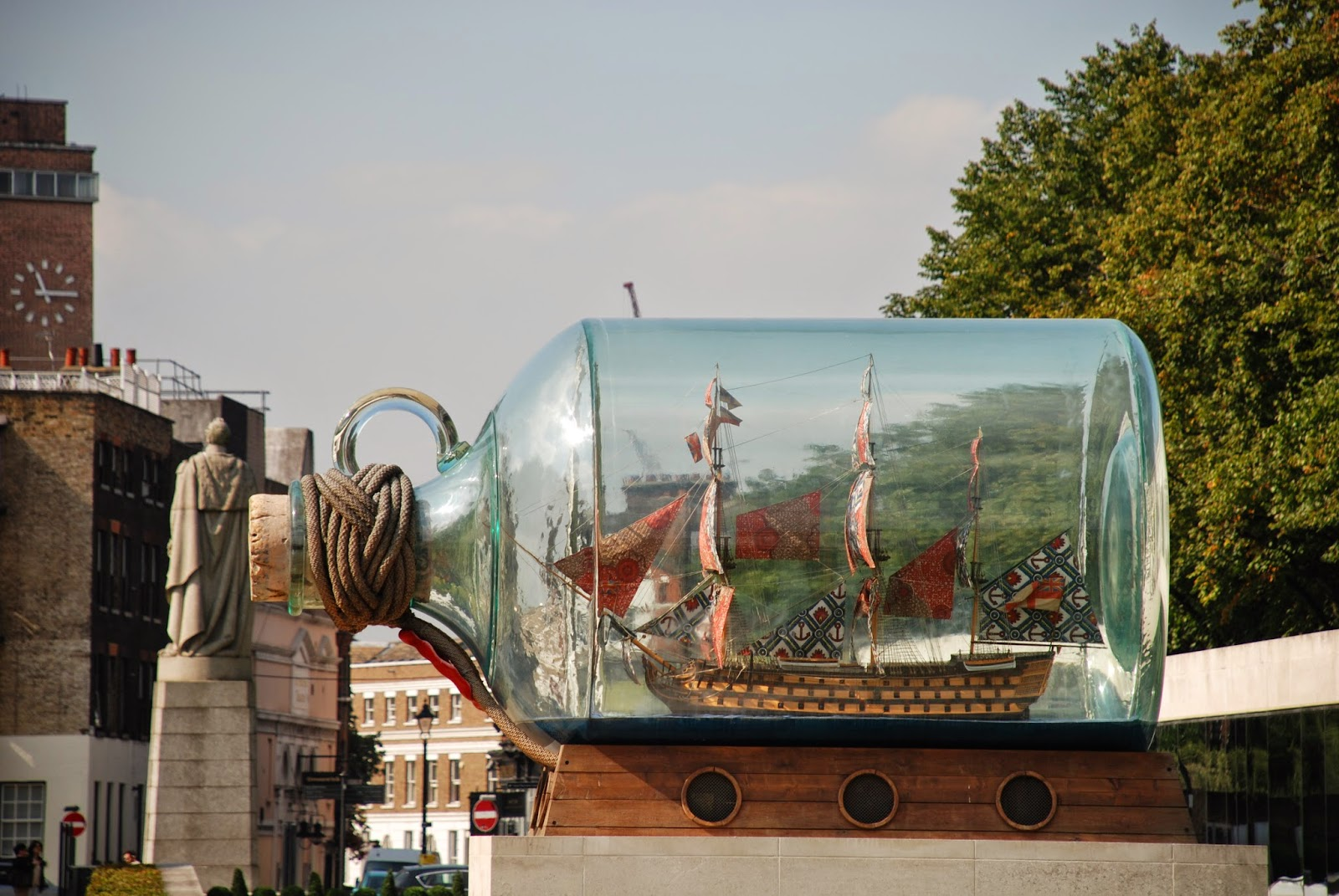 Yinka Shonibare's ship in a bottle, National Maritime Museum, Greenwich