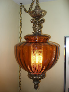 Decorative lamp finials