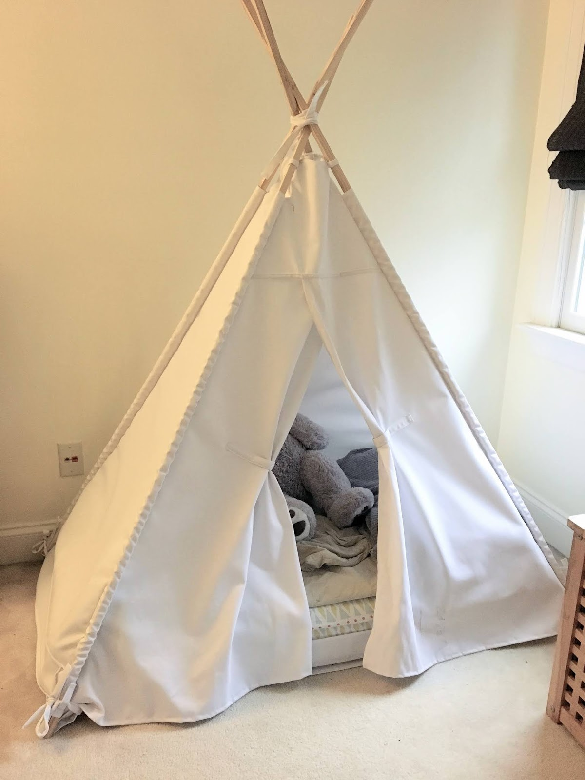 purchase cheap ba703 8b514 The Project Lady - DIY – How-to Make a Toddler Teepee Bed