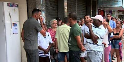 Filas pagar conta Luz Coelba na Bahia