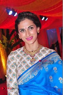 Actress Model Shilpa Reddy Exclusive Stills in Blue Saree at Vijay Karan Aashna Wedding  0048.JPG