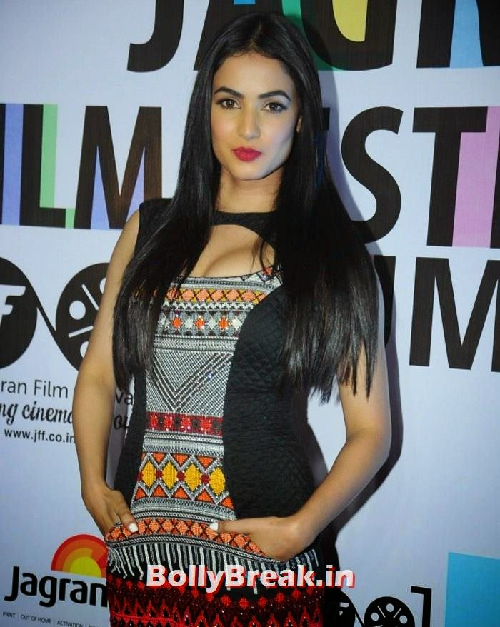 Sonal Chauhan, 5th Jagran Film Festival Red Carpet Pics