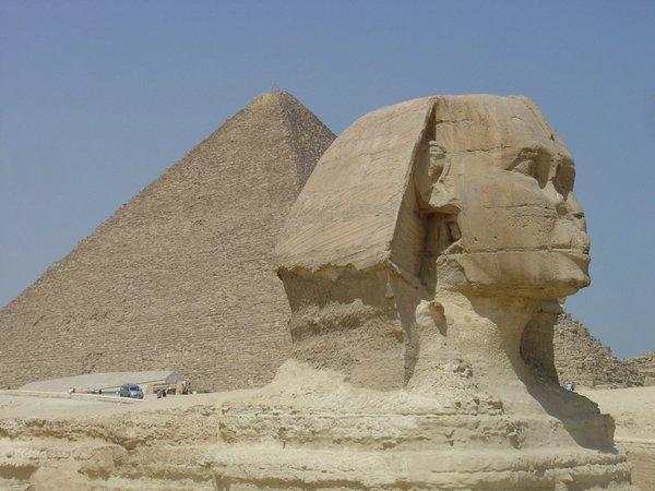 piramit4ff6.jpg