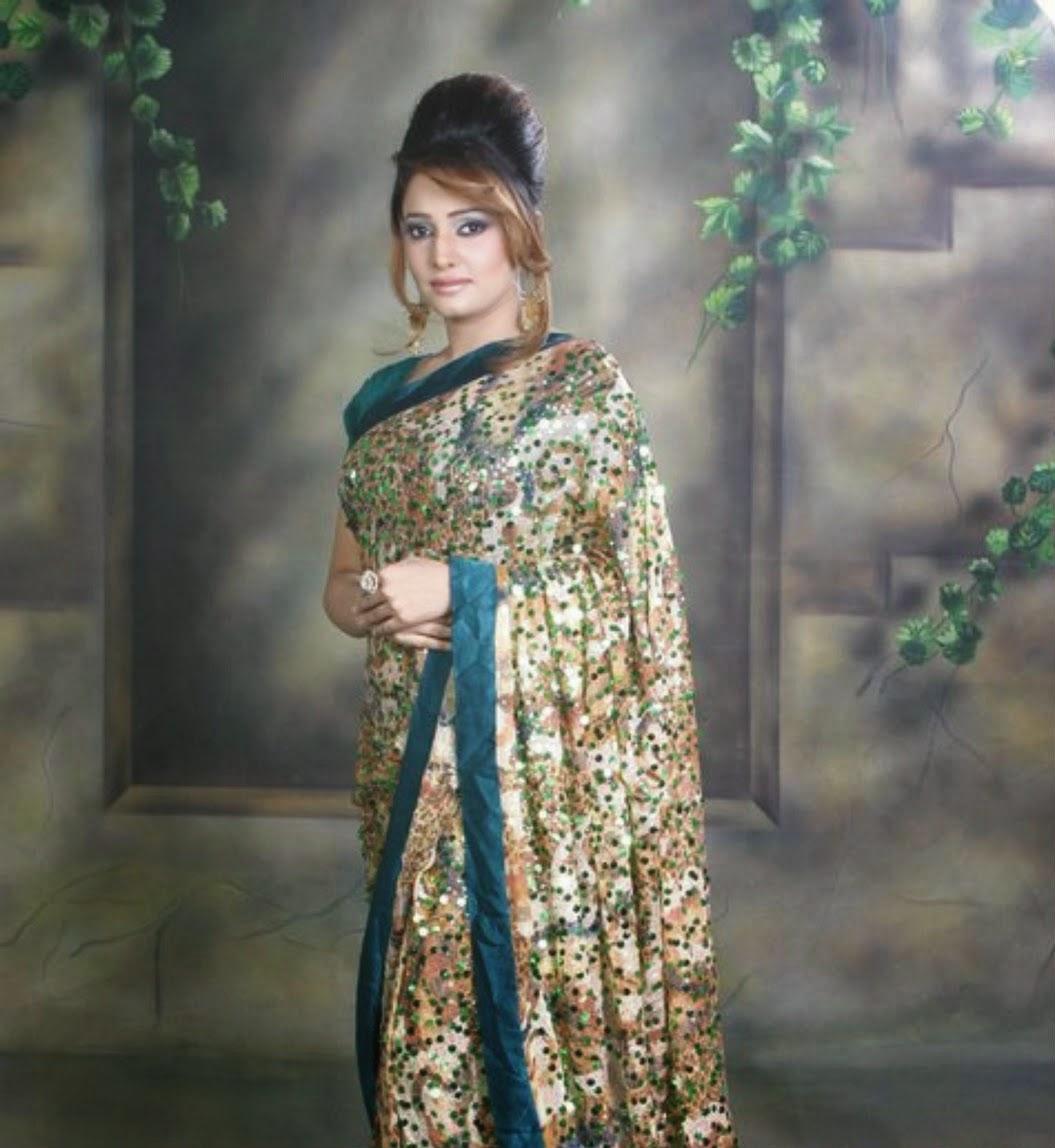 Hot Mujra: Sidra Noor New Super Hot Unseen Mujra Videos