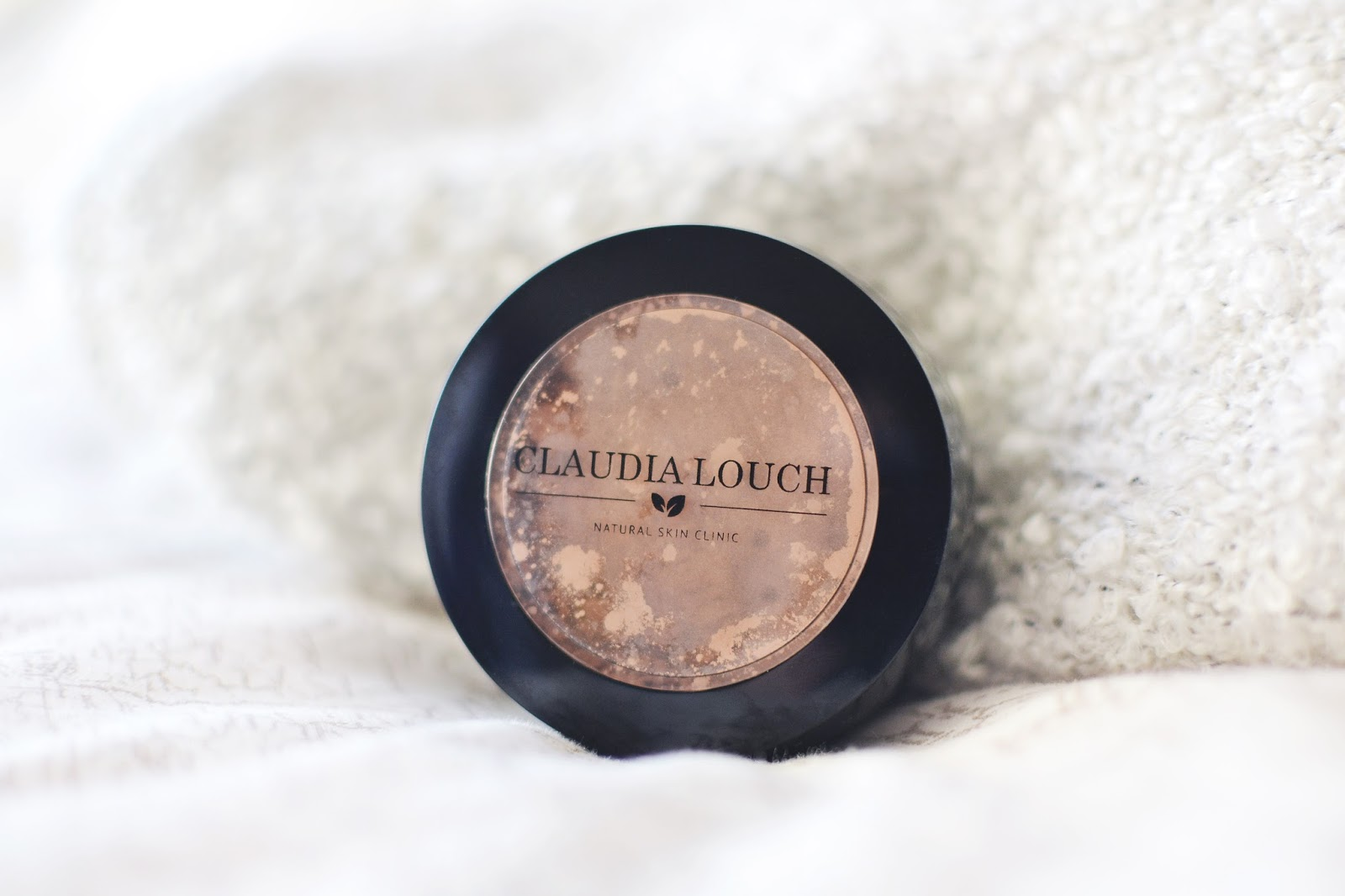 mineral powder, claudia louch mineral powder, setting powder