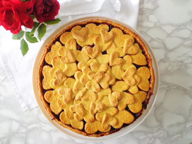 Włoska tarta ze śliwkową konfiturą (Crostata alla confettura di prugne)