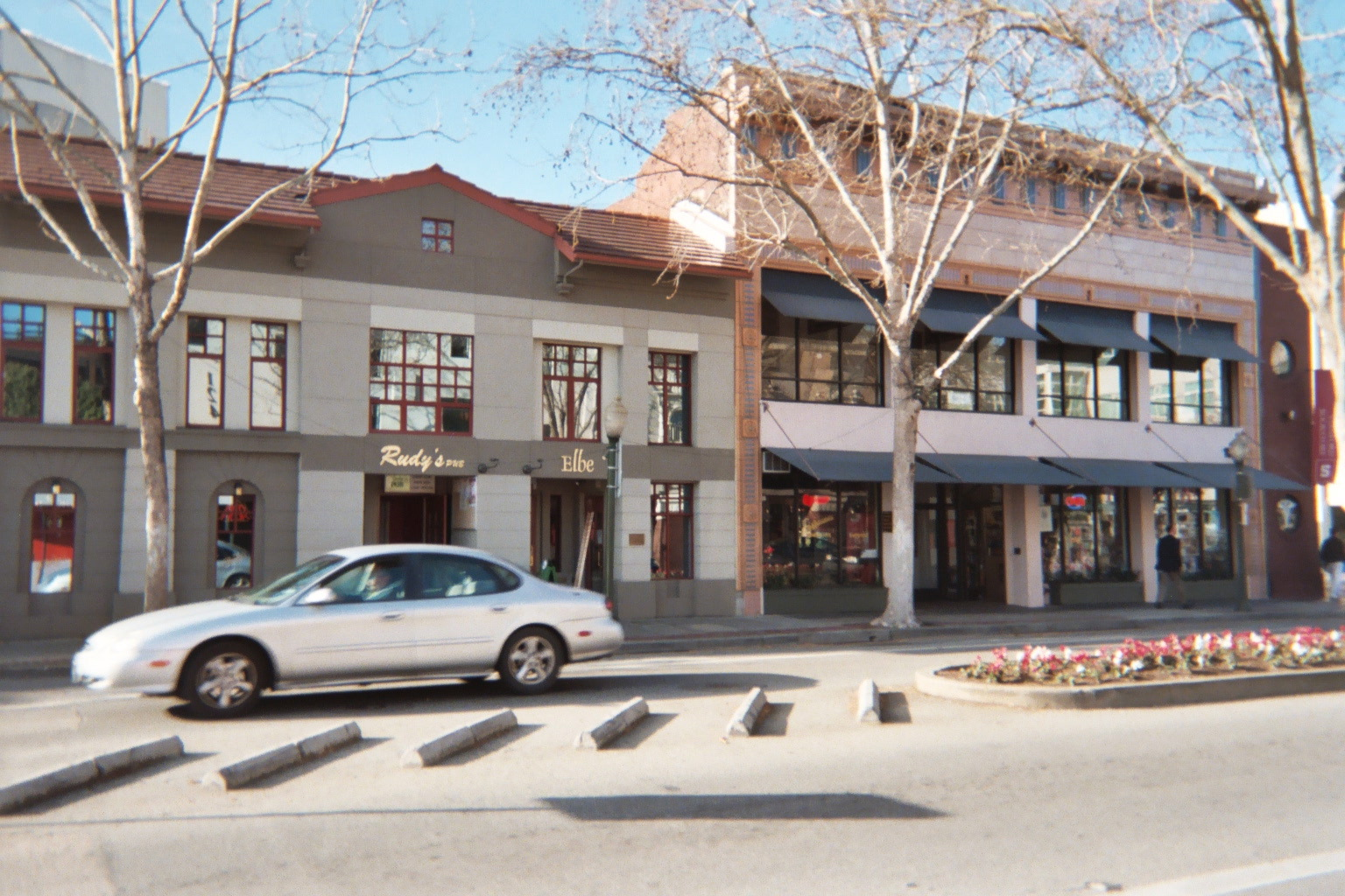 117 University Avenue In Palo Alto The Site Of Top Tangent As It Eared 2006 Restaurant Rudy S Is On Ground Floor