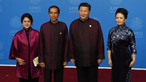 """""""Hanya di Era Jokowi, Harga Diri dan Kedaulatan RI Diinjak-injak China"""""""