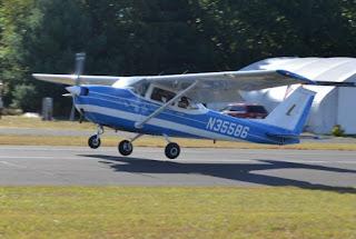 プロペラ式軽飛行機