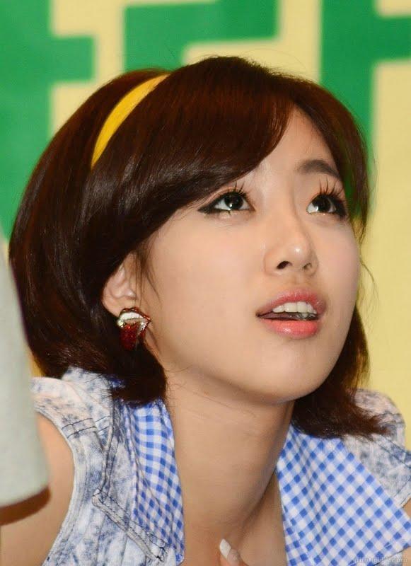 بطلة مسلسل الكوري الشباب 2013 HamEunJung040.jpg