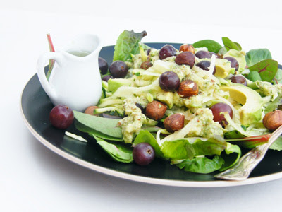 avocado, apple and hazelnut salad