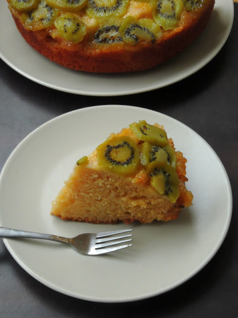 Butterless Kiwi Yogurt Cake