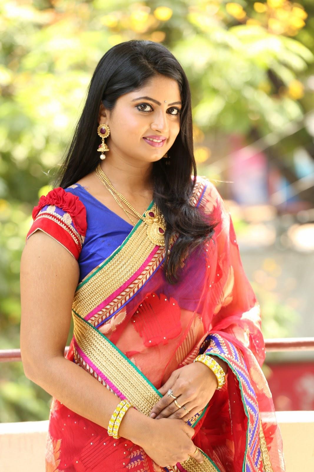 Mounica Latest Glamorous Photos - Hd Latest Tamil Actress -3302