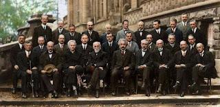 صورة لأعظم علماء التاريخ