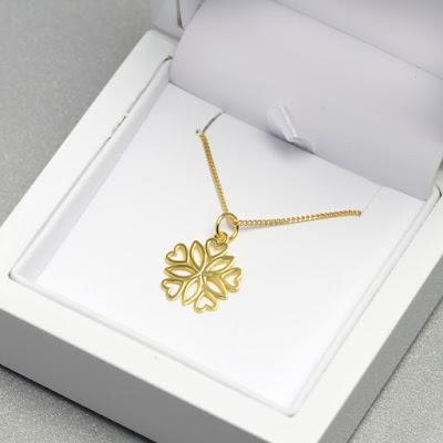 naszyjnik serce złota celebrytka biżuteria ślubna dodatki ślubne stylizacja blog modowy