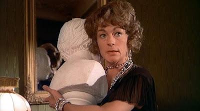 Helen Hesse as Frau Hefte