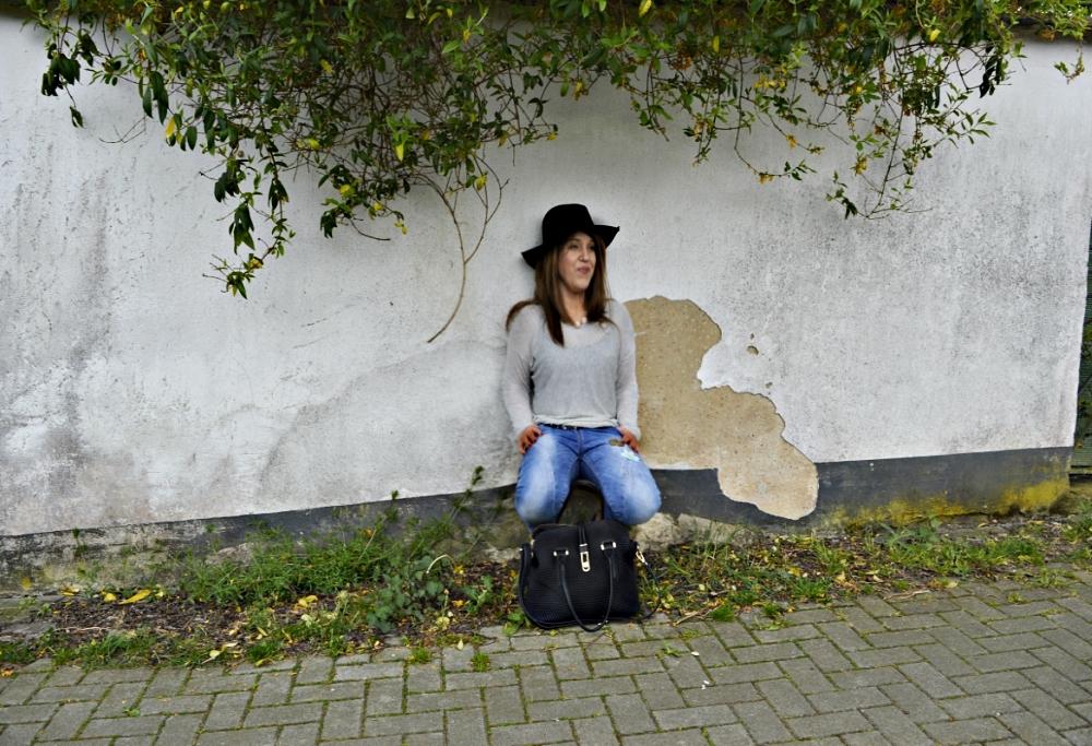 Casual Chic mit Mavi Slim Fit Jeans, Platform High Heels und grauem Oversize Pullover