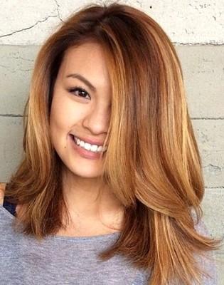 Gaya rambut untuk wajah bulat dengan rambut tebal