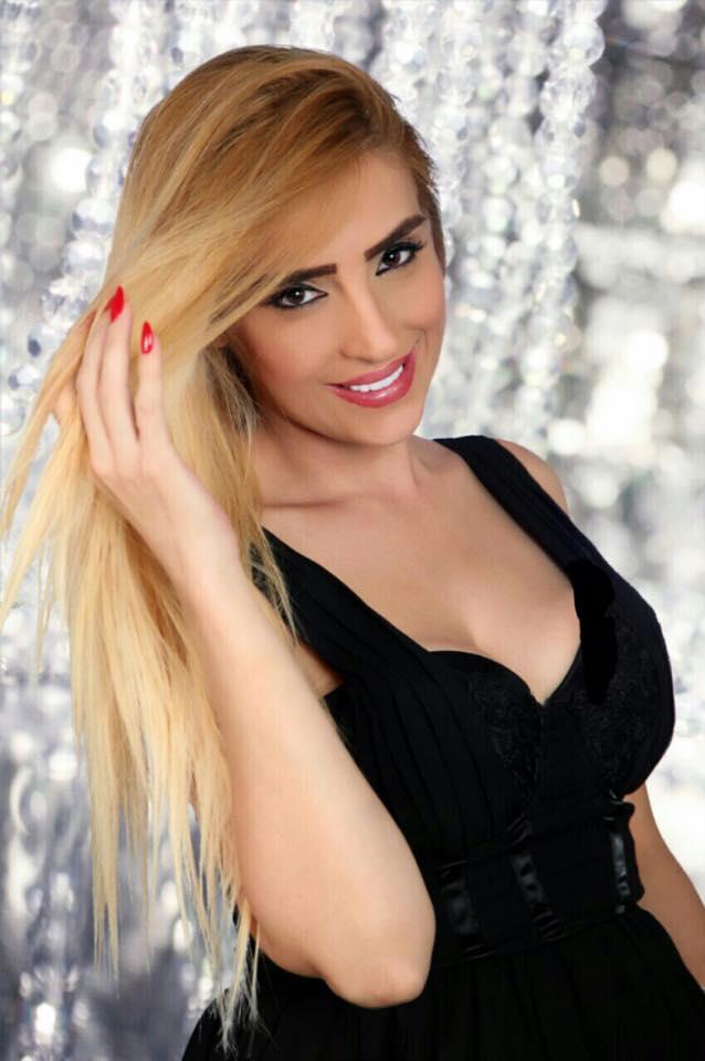 """الفنانه اللبنانيه """"نور """"تطلق أغنيتها """"عايش حبك فيي"""" بقياده متعهد النجوم طوني يزبك"""