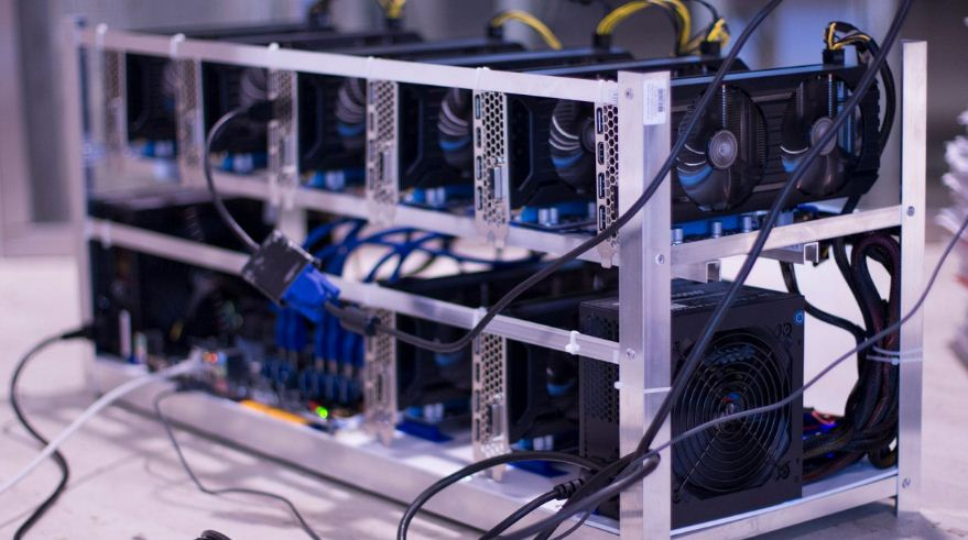 الشركة العملاقة لتعدين البيتكوين Bitmain تتخلص من الموظفين