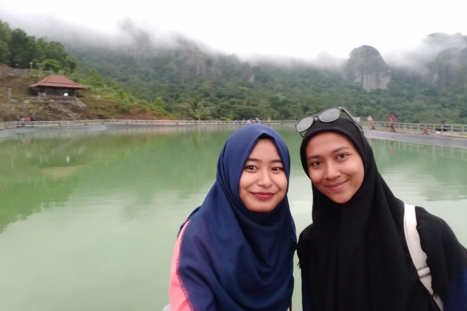 hijab gaul menurut islam manis selfie