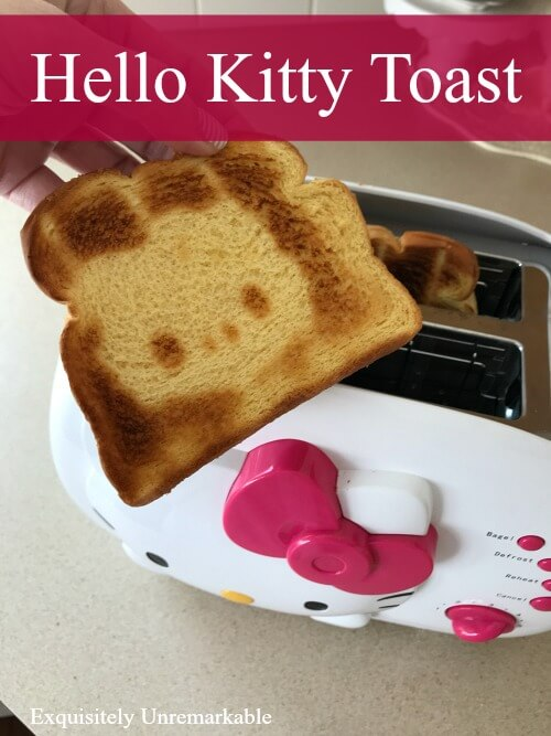 Hello Kitty Toast 2 Slice Toaster