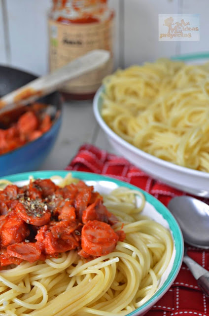 espaguetis-salchichas-bacon-jamon2