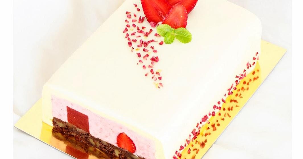 Use Smaller Cake Pan To Cut Cake
