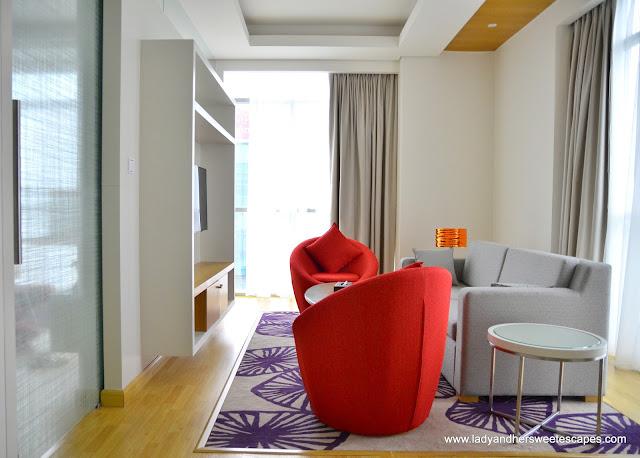 Royal Continental Hotels Dubai junior suite