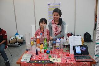 23. Sherilyn Desta Suria dan Kaelyn Sun dari SD Narada Dengan Judul Karya PS 07 (Plastic Sorter of 7 Recycle Codes Based Density)