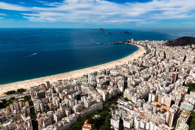33 Amazing Beaches From Around The World - Copacabana Beach, Rio de Janeiro, Brazil