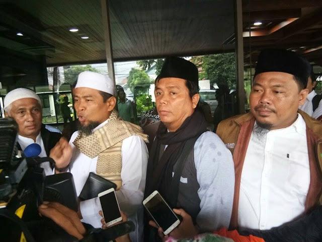 Usai Diperiksa, Ustadz Zulkifli Tak Ditahan, Dipersilakan Tetap Berdakwah, Warganet: Semoga Proses Hukum Dihentikan Total