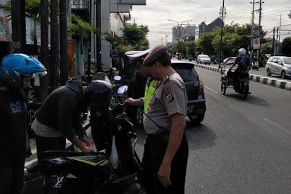 Polsek Jetis Gelar Razia Berikan E-Tilang 9 Pelanggar Tak Tertib
