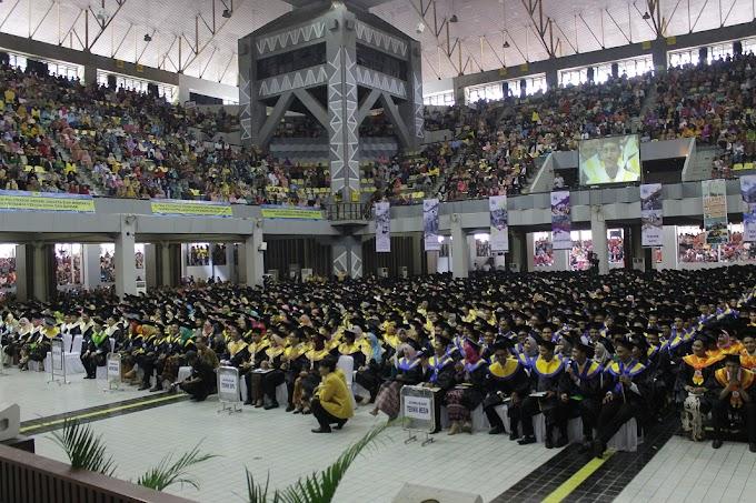 2270 Mahasiswa Politeknik Negeri Jakarta Diwisuda