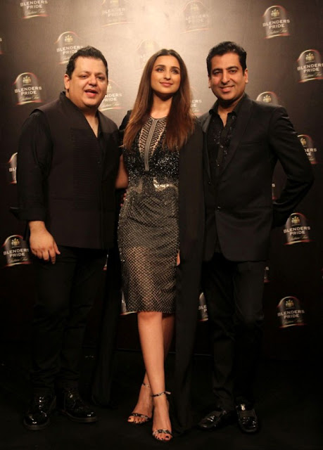 Parineeti Chopra showstopper for designers Rohit Gandhi and Rahul Khanna at Blenders Pride Fashion Tour