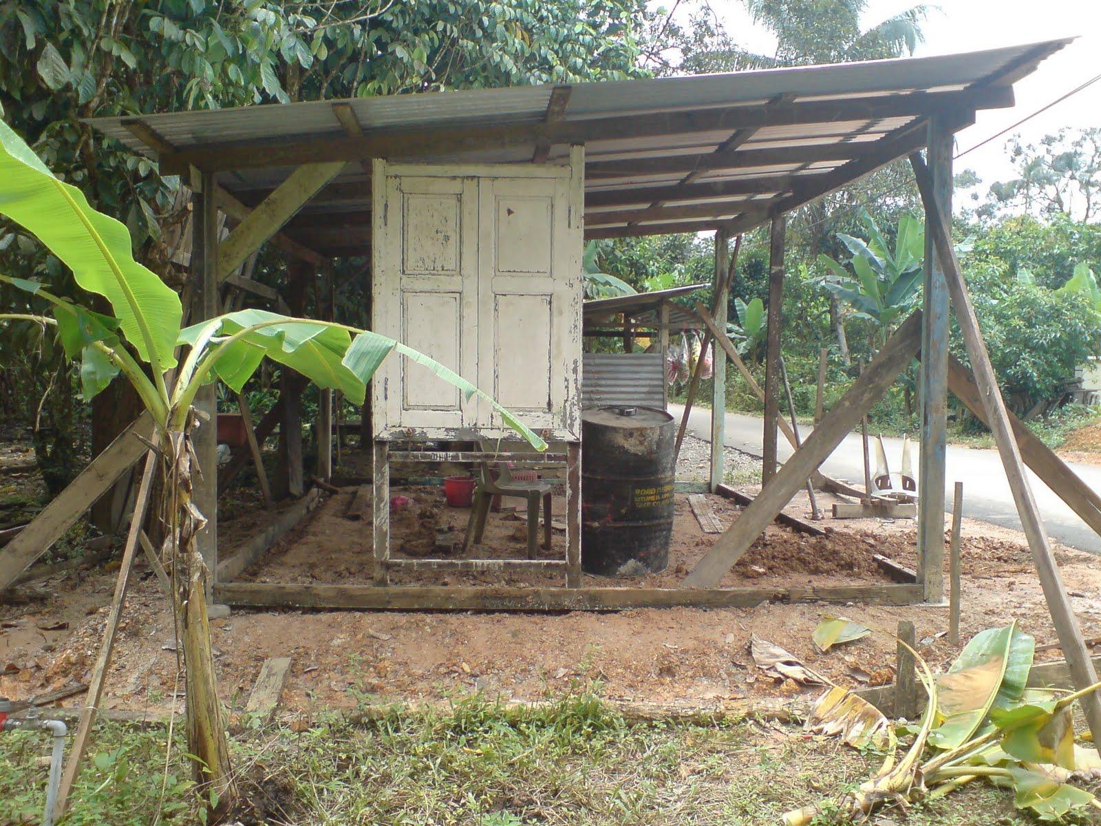 Bingkai Pintu Dan Kayu Untuk Pembinaan Kedai Ini Di Beli Secara Borong Sume Terpakai Rm100