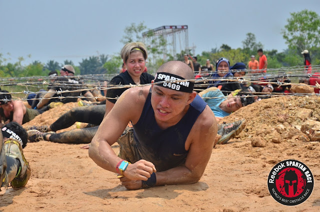 spartan kl super 2016 barbed wire crawl