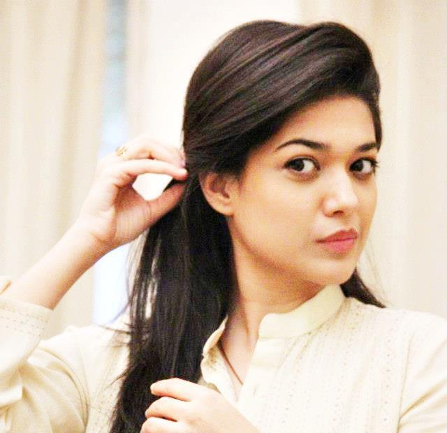 Sanam Puri Cute Wallpaper Fashion Updates Sanam Jung Photo Gallery
