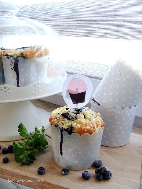 muffiny z owocami i kruszonką