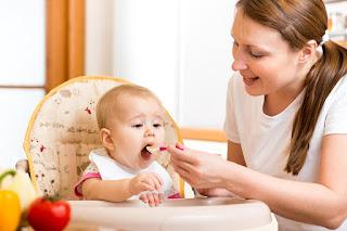 Tocmai ai nascut? Ce trebuie sa stii despre alimentatia copilului in primul an de viata