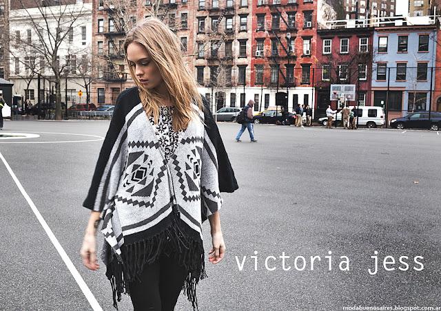 Moda otoño invierno 2016 Victoria Jess ruanas y ponchos.